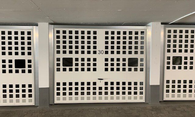 Garagenbox zu